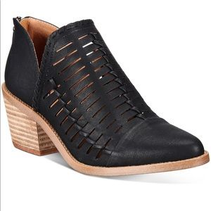 Dolce Vita Black Cut Out Ankle Booties NEW